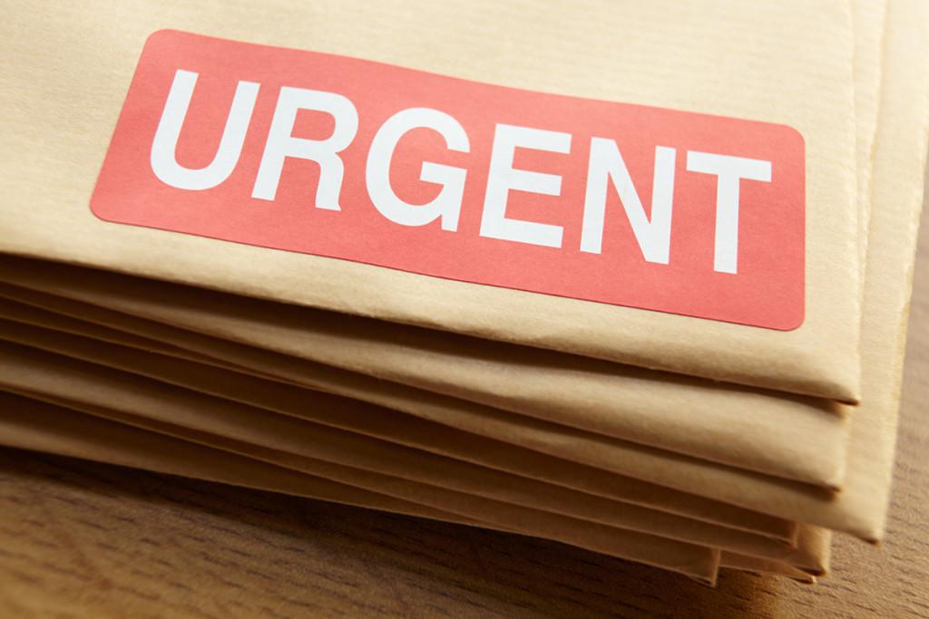 Best urgent sameday document local courier service singapore