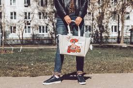 custom tote bags no minimum
